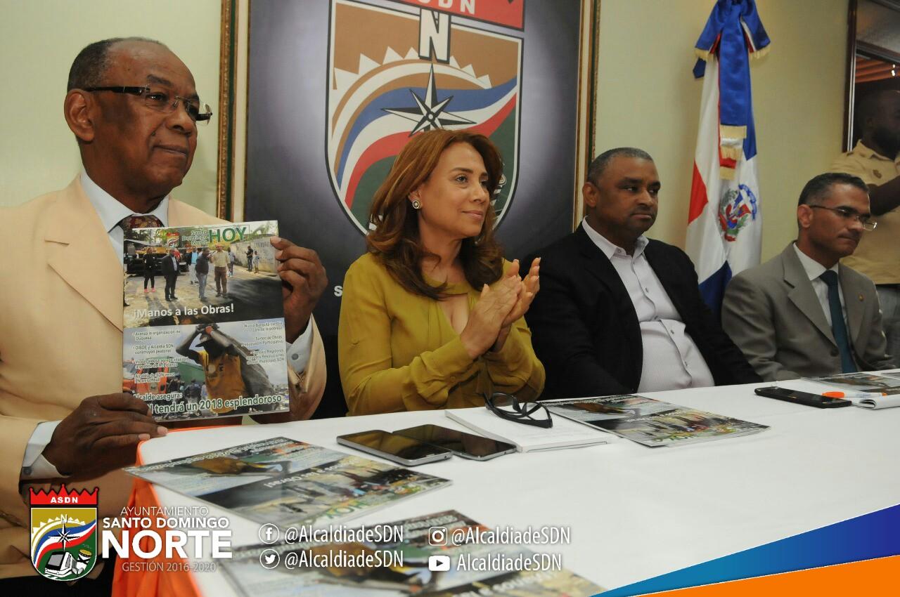Alcaldía de Santo Domingo Norte presenta revista informativa