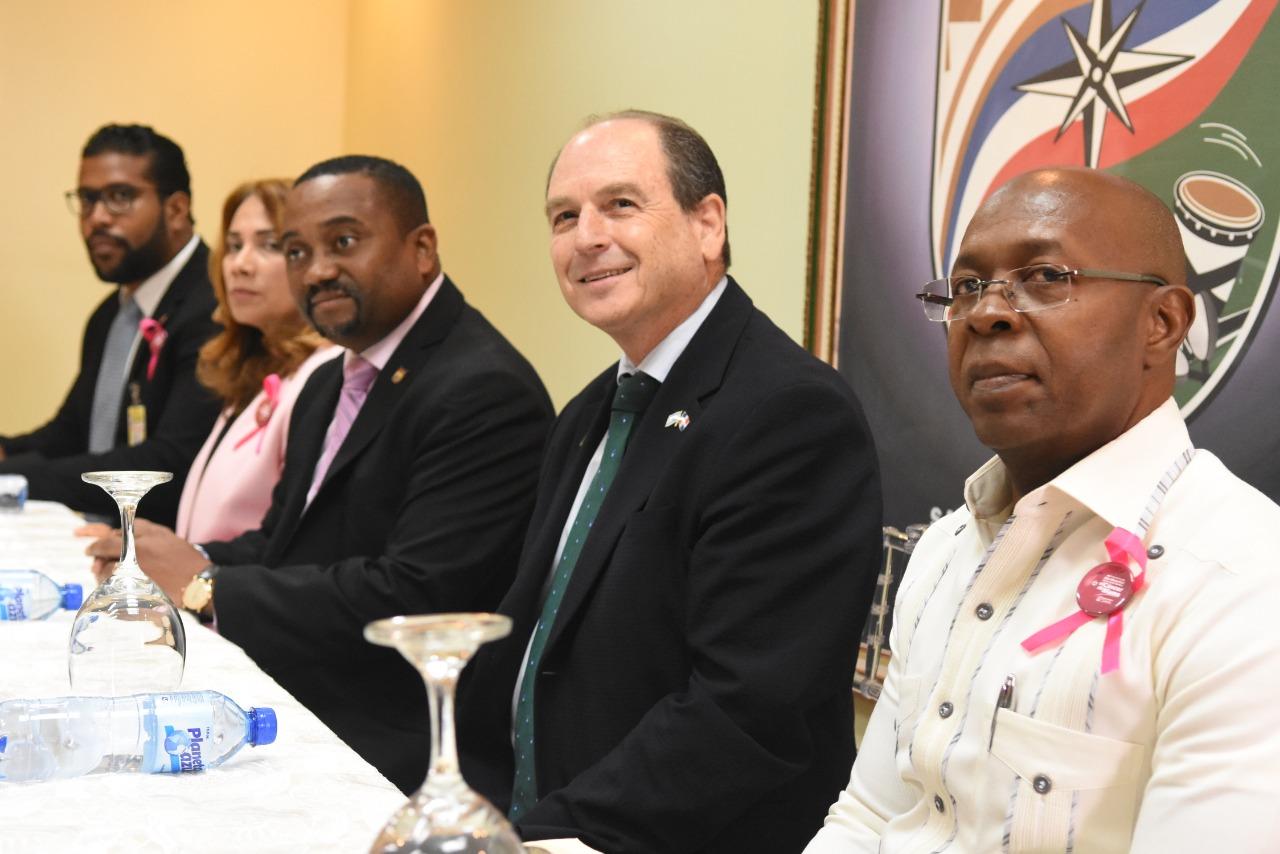 Embajador de Israel visita Alcaldía de Santo Domingo Norte