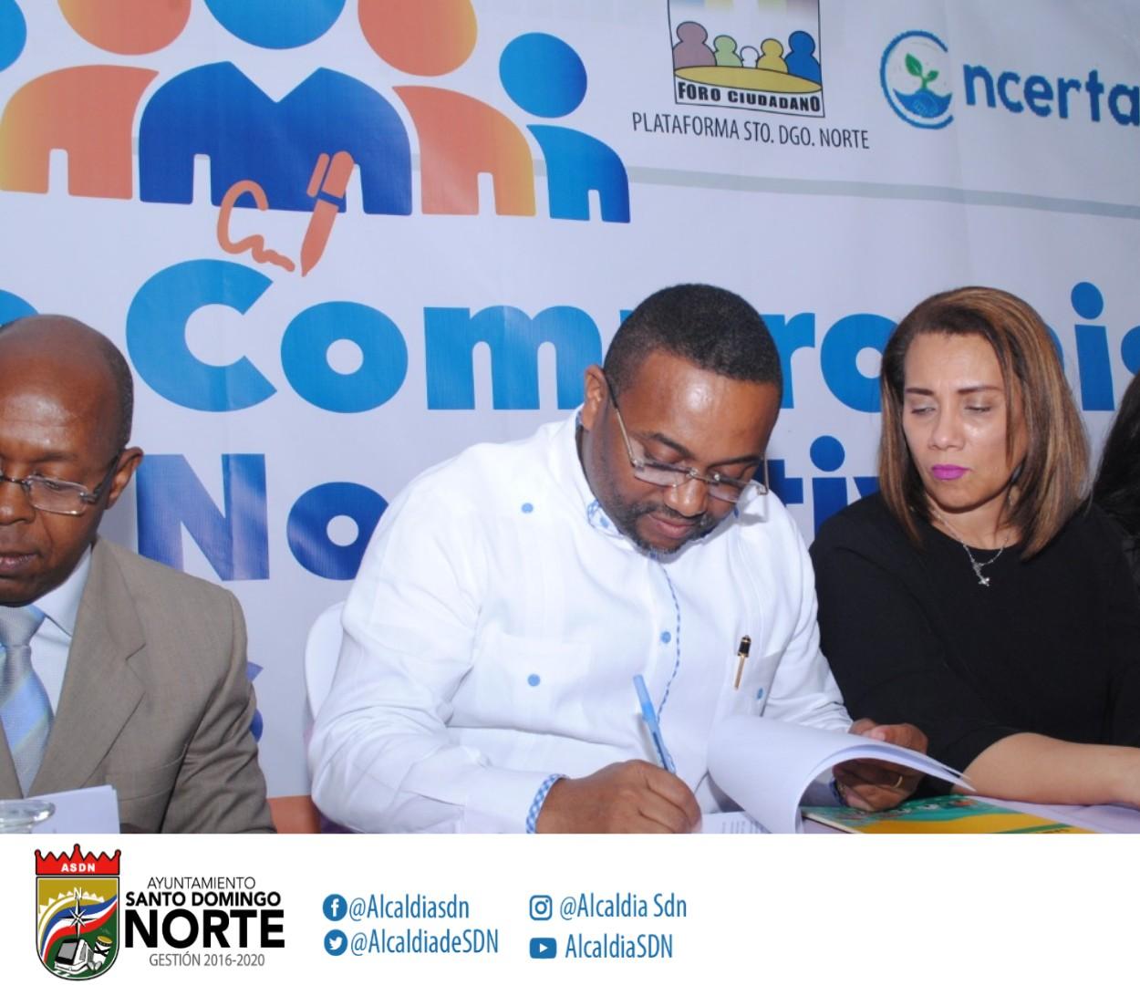 La Alcaldía de SDN firma Compromiso por las normativas y prioridades del municipio.