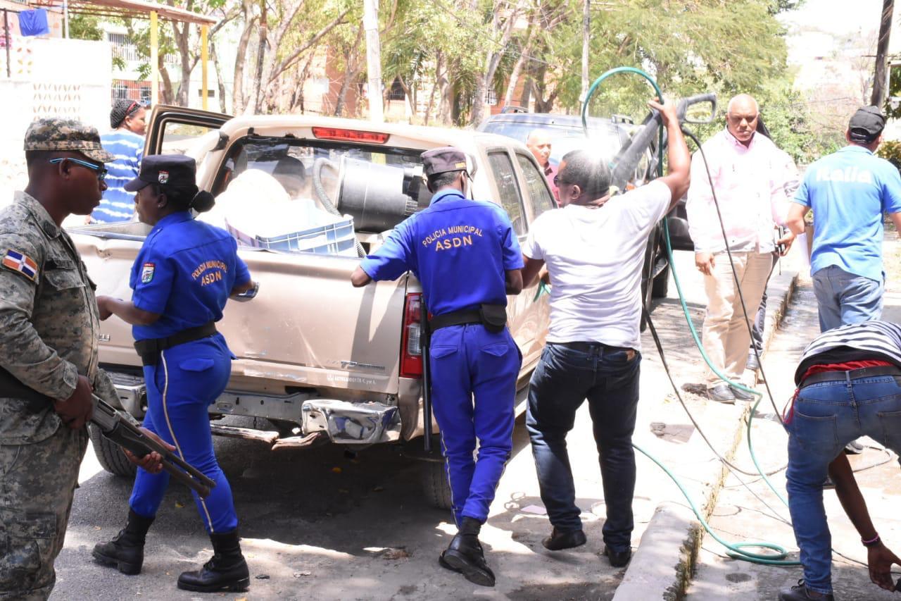 Ante sequía afecta país Alcaldía SDN realiza operativo contra lavaderos informales de vehículos