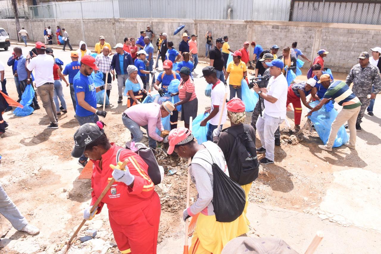Alcaldía SDN anuncia amplio operativo de limpieza en todo el municipio este fin de semana